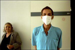 Kiko, 41 ans.  Il a appris il y a une semaine qu'il avait le sida.  « Dieu et les médicaments me donnent espoir. »